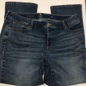 St. John's Bay women's jeans straight leg 16W S
